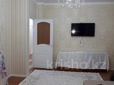 2-комнатная квартира, 70 м², 6/9 этаж помесячно, Капал 2 — Абая за 220 000 〒 в Таразе — фото 12