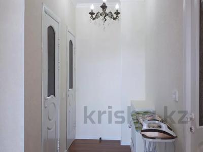 2-комнатная квартира, 70 м², 6/9 этаж помесячно, Капал 2 — Абая за 220 000 〒 в Таразе — фото 21