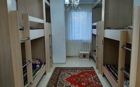 4 комнаты, 120 м², Сауран 2 — Достык за 25 000 〒 в Нур-Султане (Астана), Есильский р-н