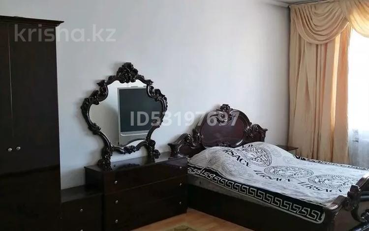 1-комнатная квартира, 48 м² посуточно, Каратал 14 — Джансугурова за 5 000 〒 в Талдыкоргане
