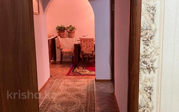 3-комнатная квартира, 60 м², 4/5 этаж, мкр Орбита-3, Мкр Орбита-3 — Саина за 19 млн 〒 в Алматы, Бостандыкский р-н