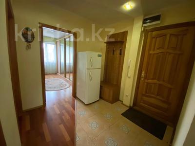 3-комнатная квартира, 75 м², 2/5 этаж посуточно, Ихсанова за 14 999 〒 в Уральске — фото 6