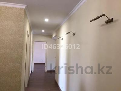 4-комнатная квартира, 116 м², 4/5 этаж помесячно, 29-й мкр 30 за 200 000 〒 в Актау, 29-й мкр — фото 4
