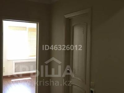 4-комнатная квартира, 116 м², 4/5 этаж помесячно, 29-й мкр 30 за 200 000 〒 в Актау, 29-й мкр — фото 22