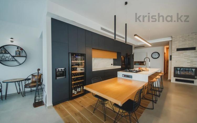 5-комнатная квартира, 170 м², 11/11 этаж, Искеле за 140 млн 〒 в Фамагусте