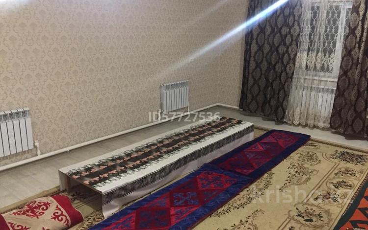 4-комнатный дом посуточно, 150 м², Акимжанова за 15 000 〒 в Актобе, Старый город