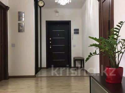 3-комнатная квартира, 90 м², 6/9 этаж помесячно, Момышулы 2/6 за 200 000 〒 в Нур-Султане (Астана), Алматинский р-н