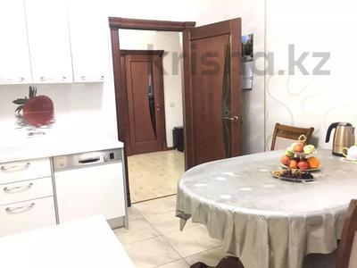 3-комнатная квартира, 90 м², 6/9 этаж помесячно, Момышулы 2/6 за 200 000 〒 в Нур-Султане (Астана), Алматинский р-н — фото 3