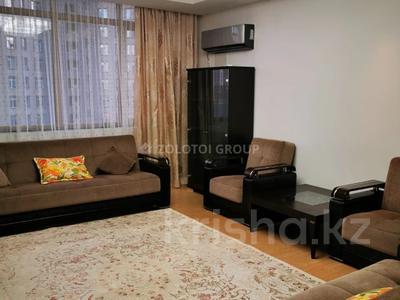 3-комнатная квартира, 100 м² помесячно, проспект Рахимжана Кошкарбаева 10 за 300 000 〒 в Нур-Султане (Астана)