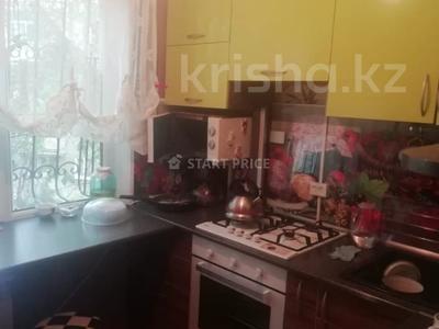3-комнатная квартира, 60 м², 2/4 этаж, мкр №2, Куанышбаева 34 за 20.5 млн 〒 в Алматы, Ауэзовский р-н