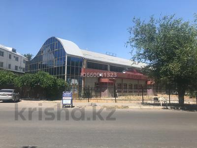 Здание, площадью 990 м², Ниеткалиева 1 — Койгелди за 124 млн 〒 в Таразе
