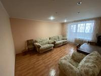 3-комнатная квартира, 80 м², 3/5 этаж помесячно, Центральный 57 за 100 000 〒 в Кокшетау