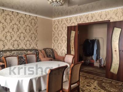 4-комнатная квартира, 77 м², 5/9 этаж, Язева 8 — проспект Шахтёров за 23 млн 〒 в Караганде, Казыбек би р-н