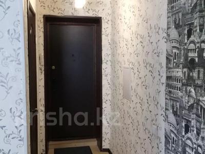 1-комнатная квартира, 36 м², 4/5 этаж по часам, Павлова 11 за 1 000 〒 в Павлодаре — фото 3