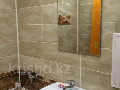 1-комнатная квартира, 36 м², 4/5 этаж по часам, Павлова 11 за 1 000 〒 в Павлодаре — фото 7