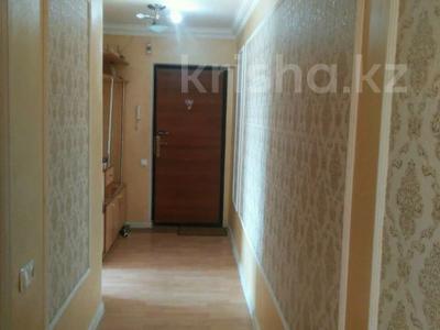 3-комнатная квартира, 60 м², 5/5 этаж, 16мкр 6 — Рыскулова-ЖибекЖолы за 13.5 млн 〒 в Шымкенте, Енбекшинский р-н — фото 2
