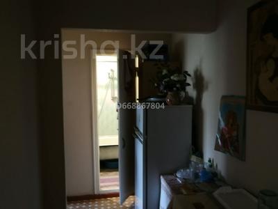 2-комнатная квартира, 54 м², 4/10 этаж, мкр Юго-Восток, Мкр Степной 4 12 за 17.2 млн 〒 в Караганде, Казыбек би р-н
