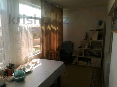 2-комнатная квартира, 54 м², 4/5 этаж, Ниеткалиева за 9.9 млн 〒 в Таразе — фото 3
