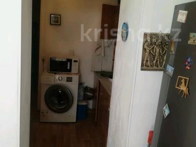 2-комнатная квартира, 54 м², 4/5 этаж, Ниеткалиева за 9.9 млн 〒 в Таразе — фото 5