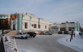 Здание, площадью 705 м², Тауелсиздик 34 — Каирбекова за 200 млн 〒 в Костанае
