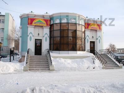 Здание, площадью 705 м², Тауелсиздик 34 — Каирбекова за 200 млн 〒 в Костанае — фото 3