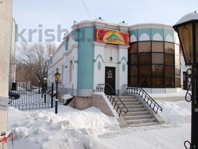 Здание, площадью 705 м², Тауелсиздик 34 — Каирбекова за 200 млн 〒 в Костанае — фото 4