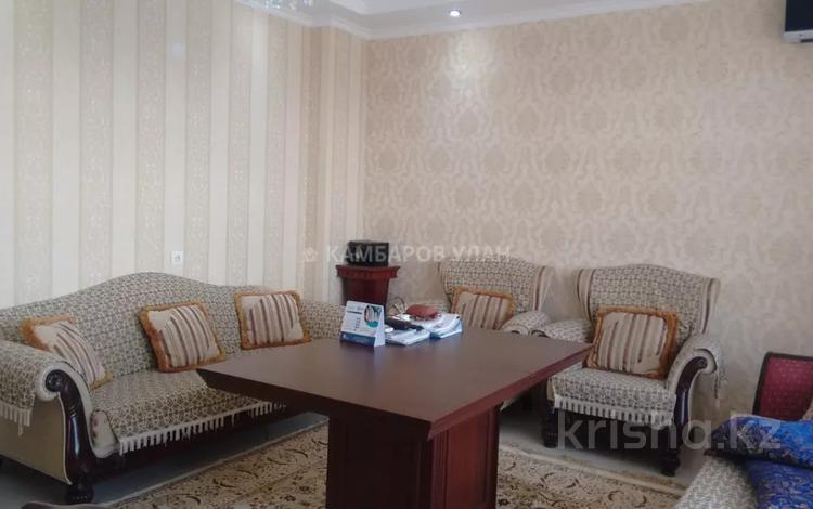 4-комнатная квартира, 142.8 м², 7/10 этаж, 17-й мкр за 65 млн 〒 в Шымкенте, Енбекшинский р-н