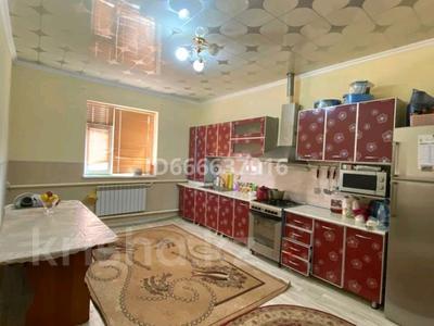 6-комнатный дом, 380 м², 10 сот., Мангистау -4 695 за 40 млн 〒