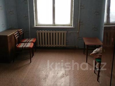 2-комнатная квартира, 53.8 м², 3/9 этаж, проспект Республики 47 — Комсомольский проспект за 5.3 млн 〒 в Темиртау — фото 3