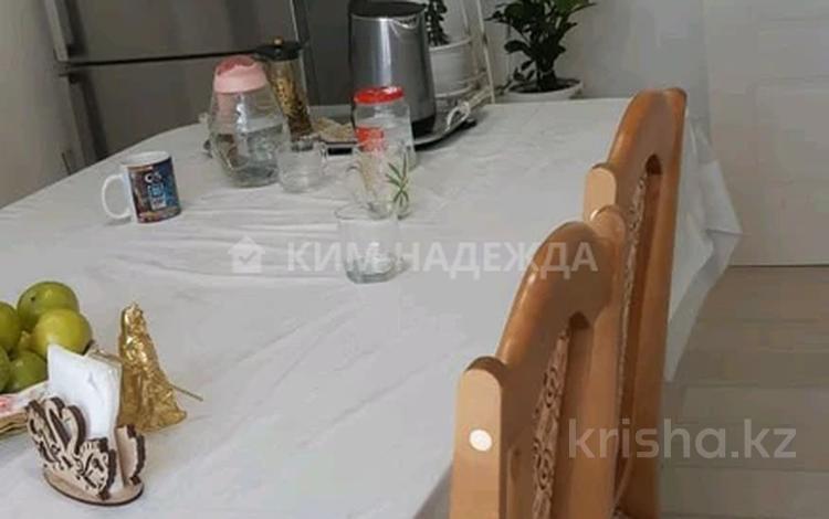 2-комнатная квартира, 80 м², 7/10 этаж, Е-10 17л за 40 млн 〒 в Нур-Султане (Астана), Есиль р-н