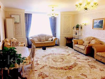 3-комнатная квартира, 116 м², 8/10 этаж, Алихана-бокейханова за 42 млн 〒 в Нур-Султане (Астана), Есиль р-н