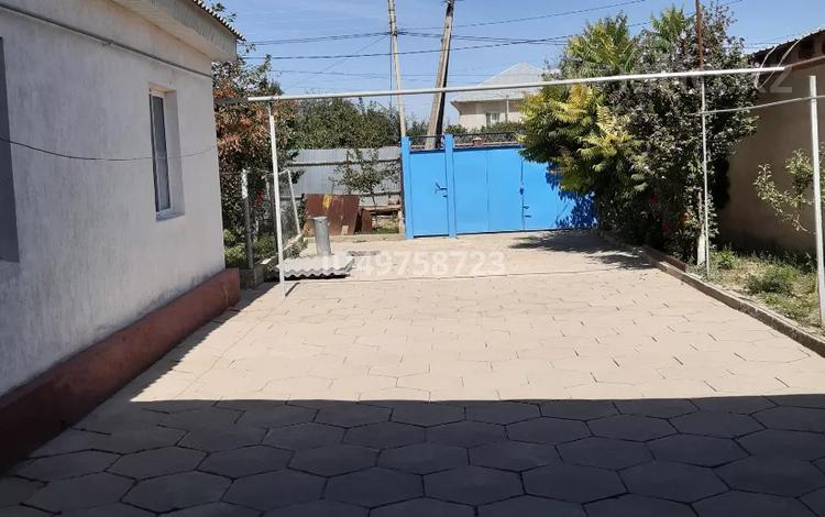 5-комнатный дом, 72 м², 10 сот., Байкоразова за 13.5 млн 〒 в Таразе