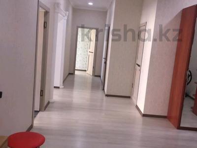 2-комнатная квартира, 110 м², 5/10 этаж помесячно, 17-й мкр за 175 000 〒 в Актау, 17-й мкр — фото 7