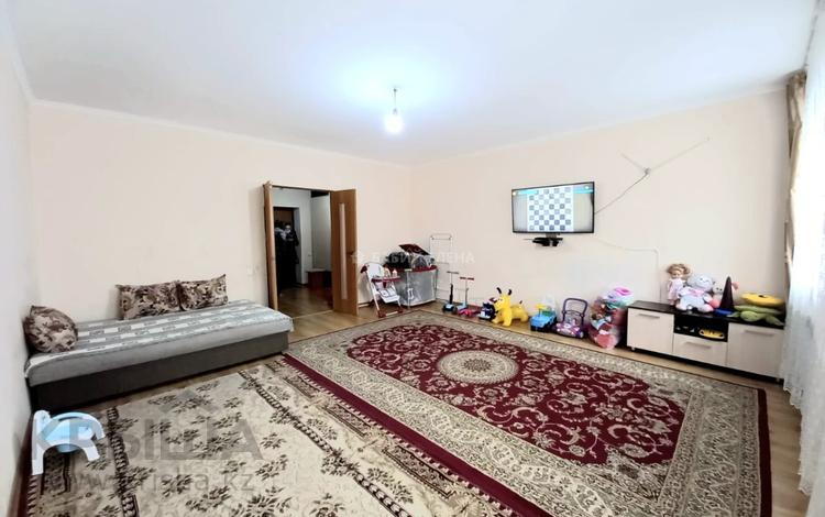 2-комнатная квартира, 72 м², 3/5 этаж, Чингиза Айтматова 31Б за 23 млн 〒 в Нур-Султане (Астана), Есиль р-н