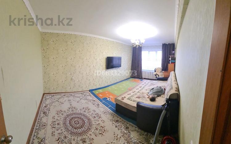1-комнатная квартира, 34 м², 5/5 этаж, Энтузиастов 17 — Молдагулова за 9.8 млн 〒 в Усть-Каменогорске