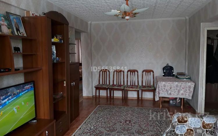 3-комнатная квартира, 58.8 м², 3/5 этаж, Казахстан 82 — Кабанбай батыра за 15.3 млн 〒 в Усть-Каменогорске