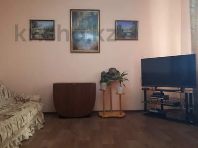 3-комнатная квартира, 68 м², 5/5 этаж, проспект Сатпаева 158 за 7 млн 〒