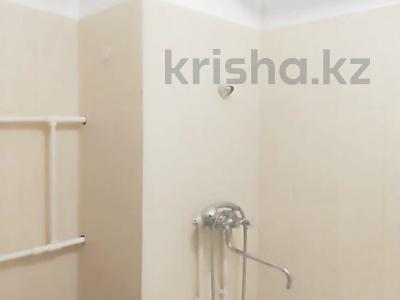 1-комнатная квартира, 45 м², 8/17 этаж помесячно, мкр Мамыр-1, Мкр Мамыр-1 за 120 000 〒 в Алматы, Ауэзовский р-н — фото 2