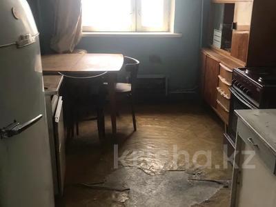 1-комнатная квартира, 41 м², мкр Аксай-1А — Яссауи за 9 млн 〒 в Алматы, Ауэзовский р-н — фото 4