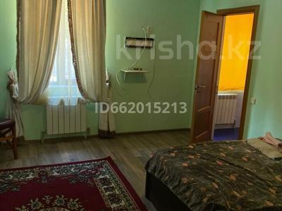 8-комнатный дом посуточно, 600 м², 40 сот., мкр Хан Тенгри 238 а за 50 000 〒 в Алматы, Бостандыкский р-н — фото 15
