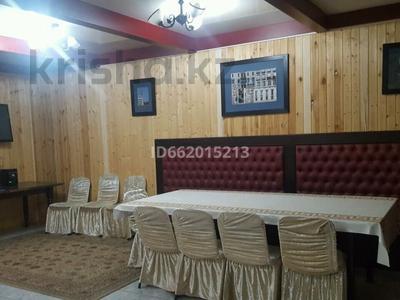 8-комнатный дом посуточно, 600 м², 40 сот., мкр Хан Тенгри 238 а за 50 000 〒 в Алматы, Бостандыкский р-н — фото 23