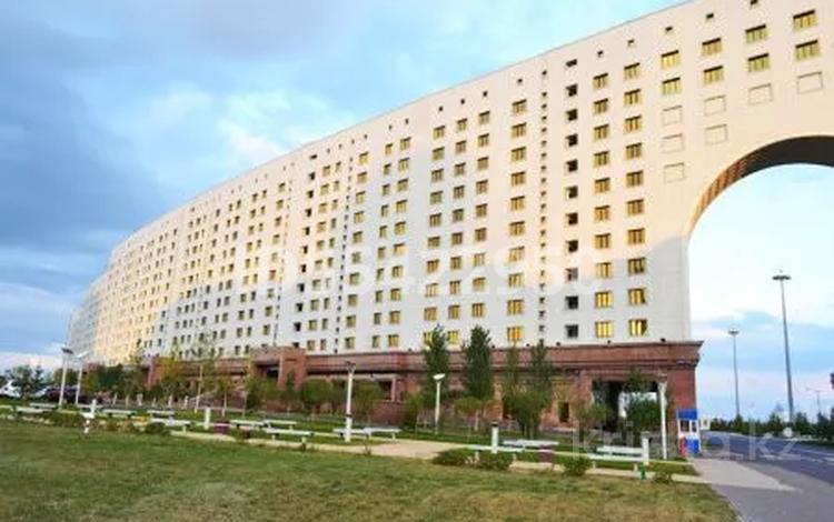 Офис площадью 763 м², проспект Мангилик Ел 8 — Кунаева за ~ 1.5 млрд 〒 в Нур-Султане (Астане), Есильский р-н