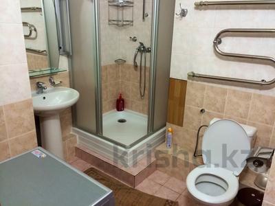 4-комнатная квартира, 160 м², 14/14 этаж посуточно, Масанчи 98а — Абая за 25 000 〒 в Алматы — фото 10