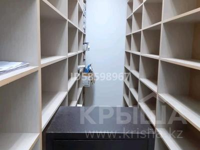 Бутик площадью 53 м², мкр 11 за 14.5 млн 〒 в Актобе, мкр 11 — фото 15