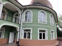 10-комнатный дом помесячно, 550 м², 10 сот.