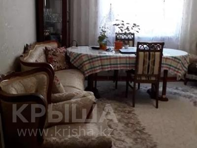 2-комнатная квартира, 76 м², 2/12 этаж, Кабанбай батыра 40 за 24.5 млн 〒 в Нур-Султане (Астана), Есильский р-н