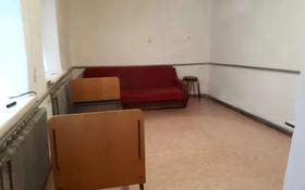 1-комнатный дом помесячно, 30 м², Актюбинская улица за 25 000 〒 в Актобе