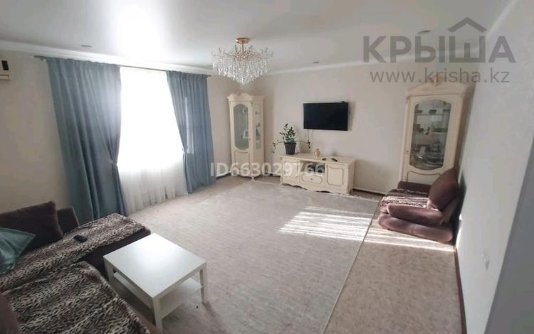 4-комнатный дом, 130 м², 10 сот., Комсомольская 64 за 45 млн 〒 в Мичурино
