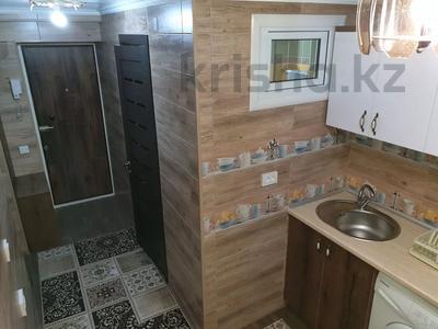 1-комнатная квартира, 30 м², 2/4 этаж посуточно, проспект Тауке хана 4 — Момышулы за 10 000 〒 в Шымкенте, Аль-Фарабийский р-н — фото 7