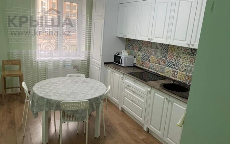 1-комнатная квартира, 45 м² помесячно, Туркестан 10 за 135 000 〒 в Нур-Султане (Астане), Есильский р-н